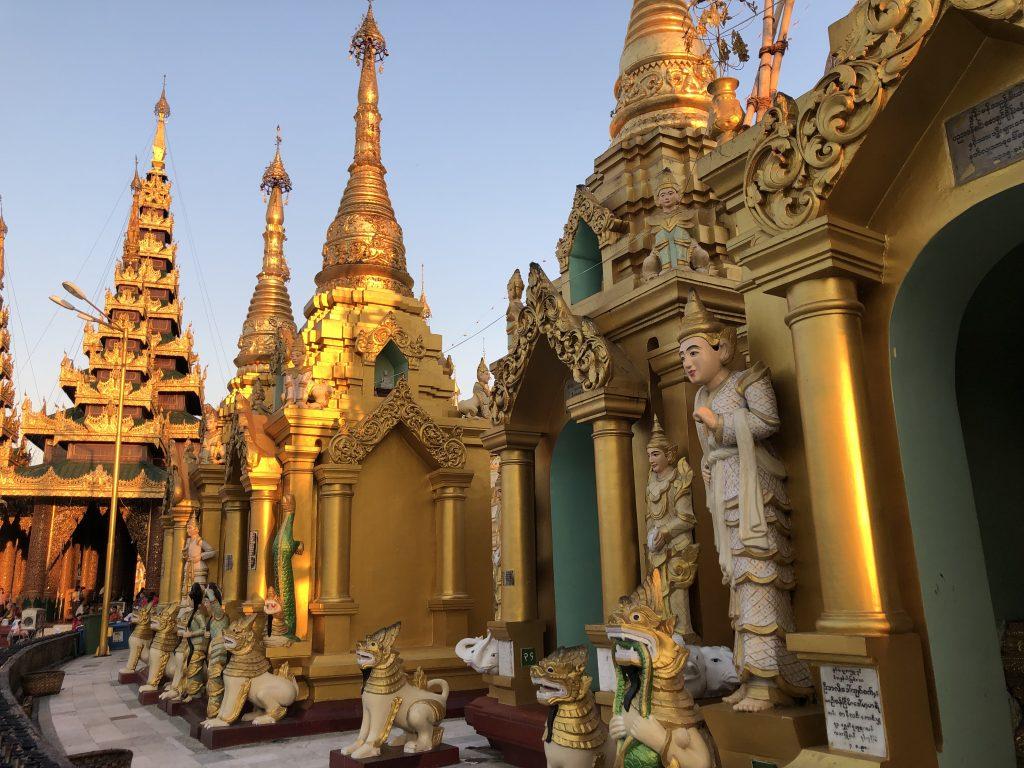 Shwedagon Paya pagode di Yangon