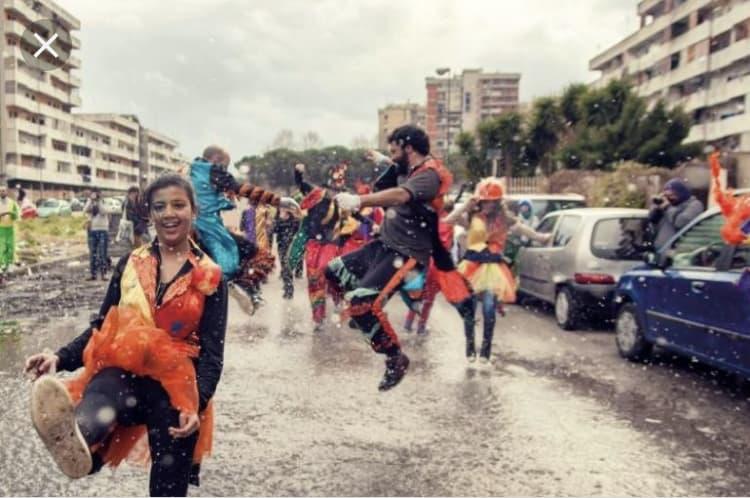 Carnevale di Scampia immagine tratta da napolidavivere.it