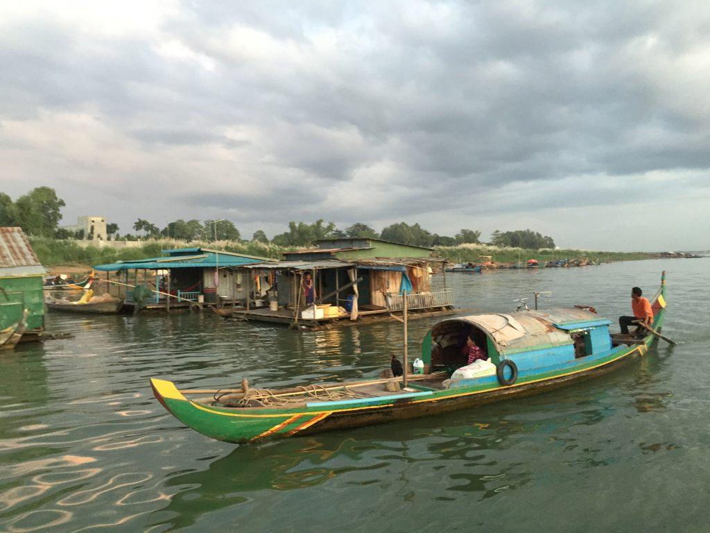 Mekong A Phnom Penh