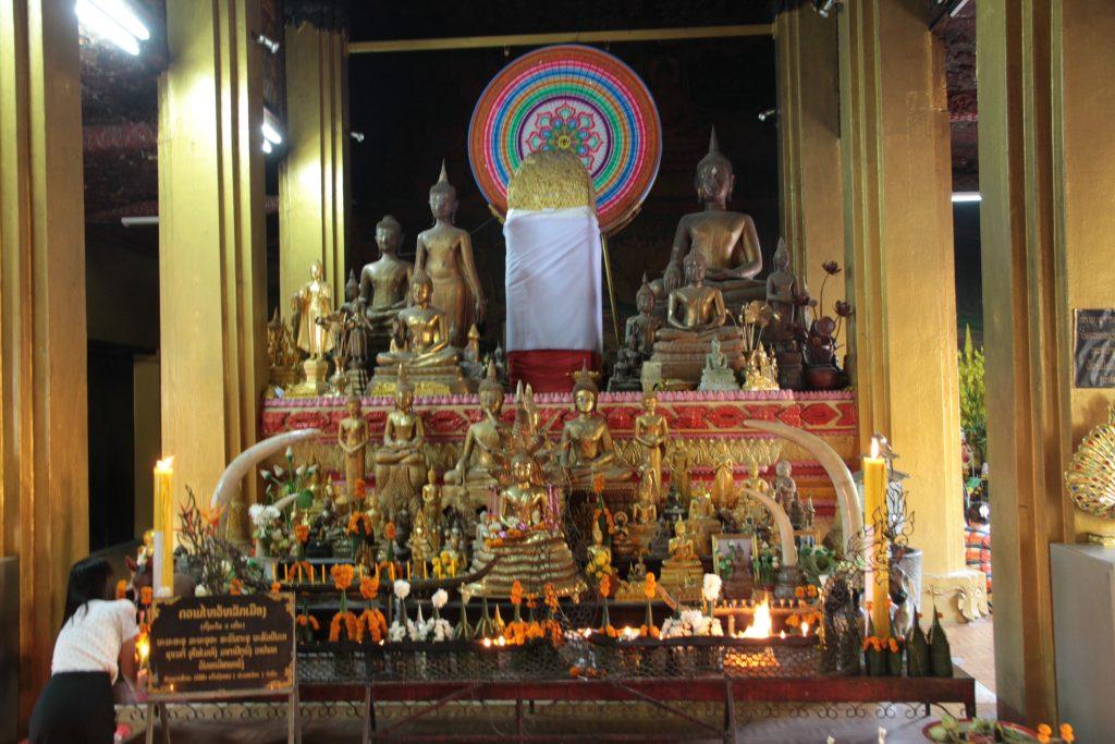 lak meuang, il pilastro fallico di Vientiane