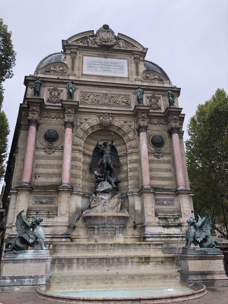 Place Saint Michel Parigi