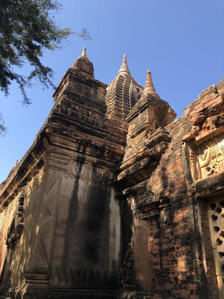 Tempio di Gubyaukgyi Bagan