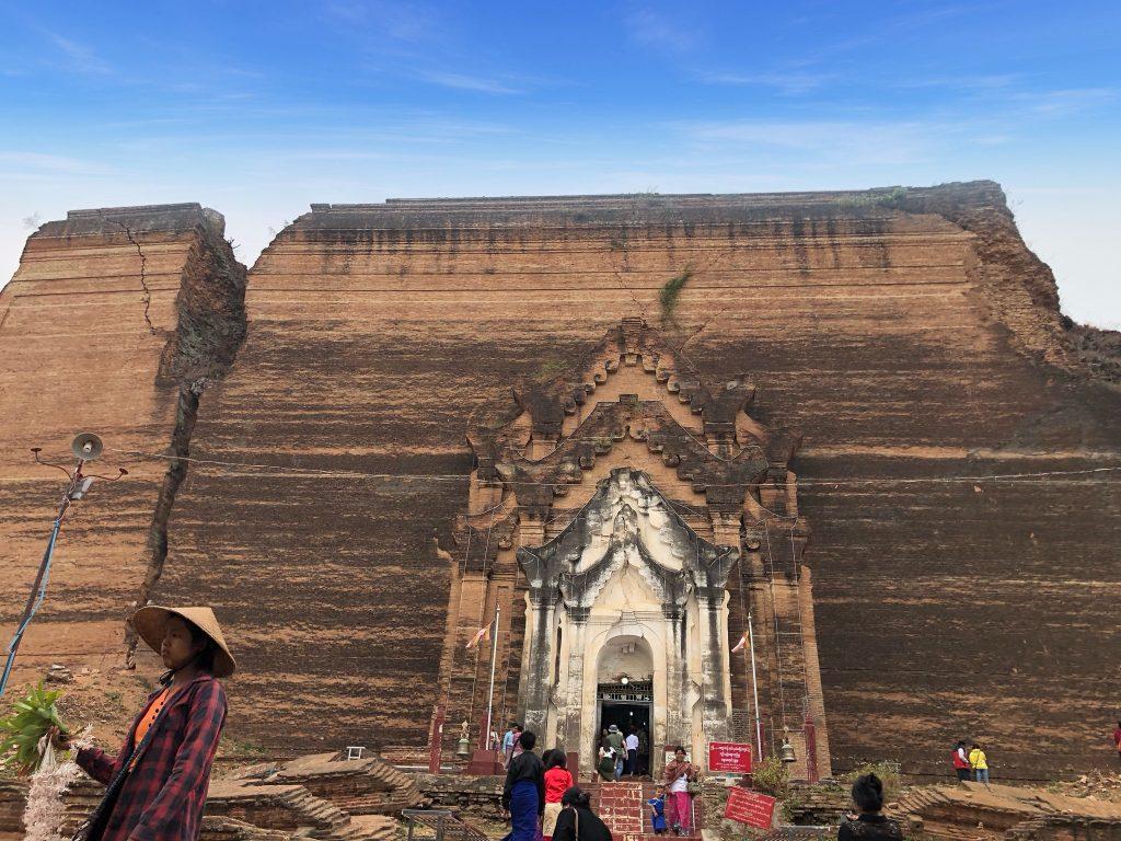 Pahtodawgyi Pagoda Mingun