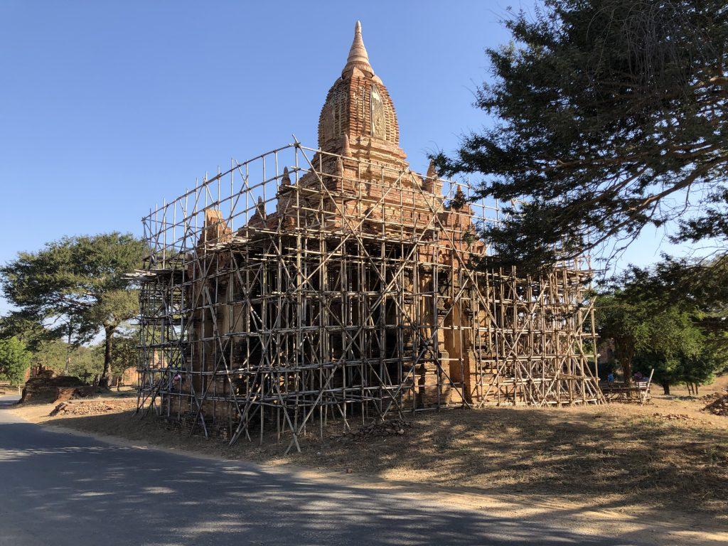 restauri a Bagan