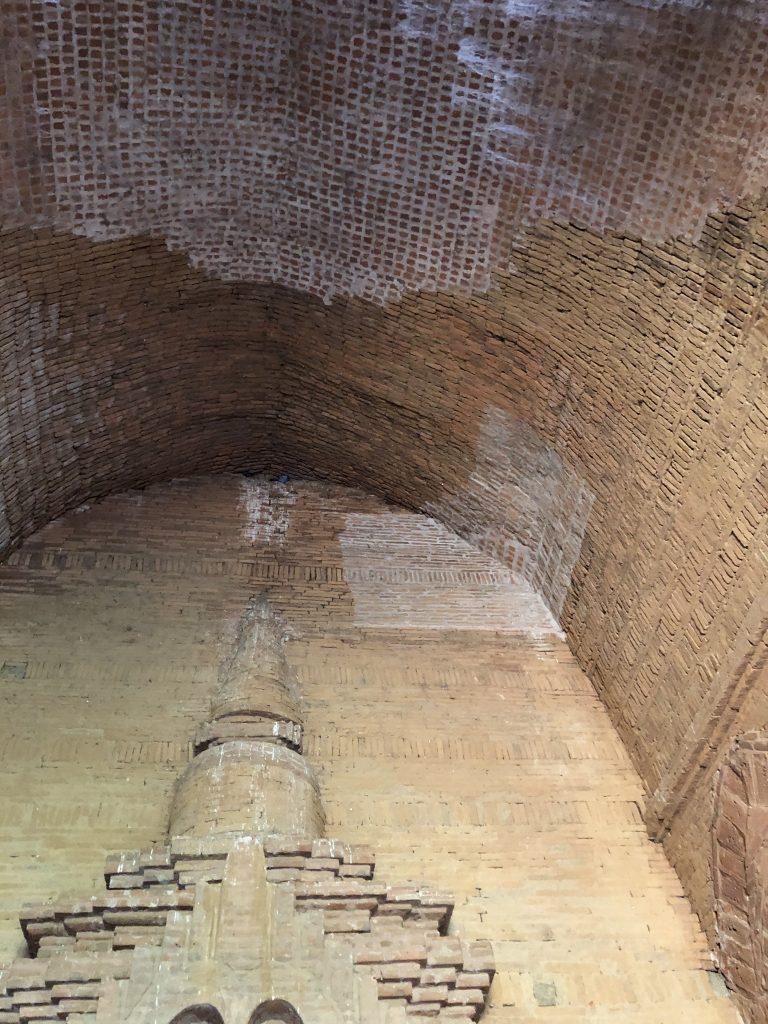 restauri controversi a Bagan