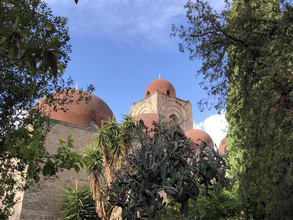 San Giovanni degli Eremiti La Palermo arabo normanna