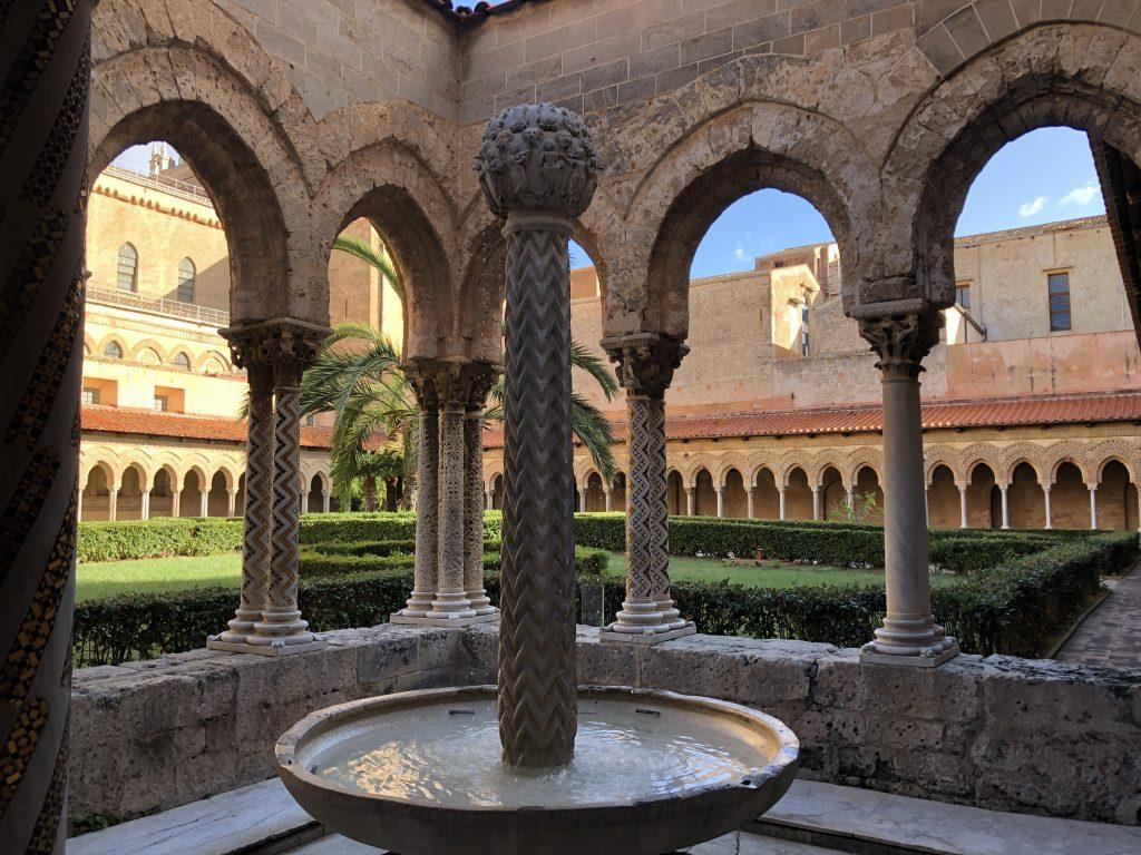 Il chiostro del Duomo di Monreale